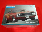 1970 Dodge Challenger T/a 340 6 Pack - Monogram 1/24 Scale- 2 'n 1 2729 - New