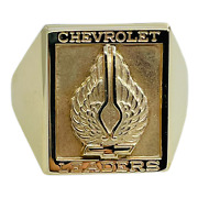 1960s Chevrolet Leaders Employee Winged Bow Tie 10k Yellow Gold Mens Ring 10.5
