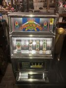 Vintage Waco Casino Crown Novelty Slot Machine 25 Cent Coin. Works Rare Cool