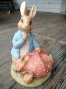 The World Of Beatrix Potter Peter Rabbit 1994 Bank Gift Figurine Collectible
