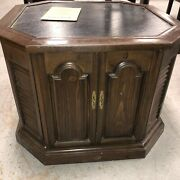 Magnavox End Table With Receiver Record Player Am/fm Radio With Receipt