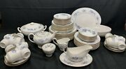 """Wow Very Rare 85 Pieces Of Royal Chelsea """"blue Chelsea"""" Pattern Very Nice"""