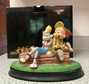Looney Tunes 1997 Goebel Spotlight Collection Isn't She Wovewe Limited Edition