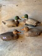 4 Duck Decoy Male And Hen Mallard By Avery Outdoor And Flambeau Plastic