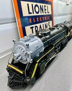 Lionel 8003 Chessie System Passenger Outfit