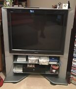 Sony Trinitron Kv-40xbr800 Ultimate Gamer Crt Tv With Stand, Remote And Manual