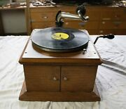Victor Talking Machine Vv-iv With Box Of Records