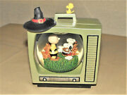 Peanuts Snoopy Tv Snow Globe Charlie Brown Thanksgiving Witch Hat Westland 8187