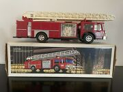 1986 Hess Toy Fire Truck Bank With Original Box