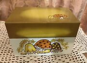 Vintage 70and039s Merry Mushroom Tin Metal Recipe Card Box By Syndicate Mfg. Co.