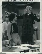 1979 Press Photo Robin Williams Pam Dawber Jim Staahl On Mork And Mindy