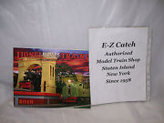 Mth Lionel Corp. Brand New 2016 Tinplate Color Catalog Standard And O Gauge Trains