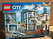Lego City Police Station 60141 New Sealed 894 Pieces