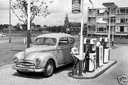 Esso Extra Oil Can Gas Service Station Pumps Air Station Tiger On Gas Pump