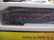 New North Pole Christmas 60and039 Streamlined Full-length Vista Dome Car W/led Lights