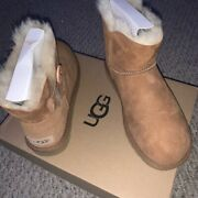 Women's Australia Classic Short Ugg Boots Size 7 Brand New, Worn Once
