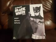 Dc Direct Batman Black And White Statue By Cliff Chiang 798 Of 3500