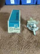 7275978 Gm Cadillac Switch Vintage Auto Part 1960and039s New