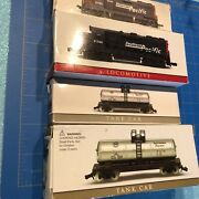 """4 Southern Pacific Lovomotives And Tankers Mini Train Dummys N Scale 4-5"""""""