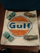 2 Mattel Gulf Cars With 2 Hot Air Balloons That Rotate The Phrases Gulf, Hot