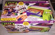 Vintage - Creepy Crawlers Molding Oven Kit With Goop