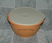 Tupperware Mega Ultra Bowl - Peach Bowl And Ivory Seal With Flowers