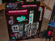 Monster High Doll House Deadluxe High School Playset Castle Girls Haunted Deluxe