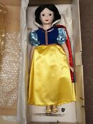 Vintage The Disney Collection Golden Anniv Snow White 17 Porcelain Doll In Box