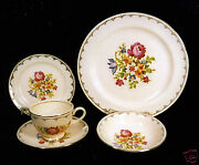 52-pce Set For 8 Of Homer Laughlin Pat. N1458 Floral Petit Point China