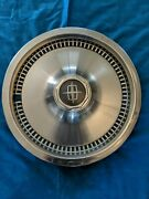 1975 - 1981 Lincoln Town Car Hubcap 15andrdquo