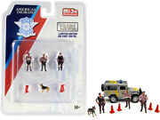 Police 8 Piece Diecast Set 3 Figurines And 1 Dog And 4 Accessories For 1/64