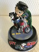 Limited Edition Extremely Rare Betty Boop Riding On Motorcycle Figurine Statue
