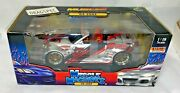 Vintage Muscle Machines 1/18 Diecast 2004 35 Oz Muscle Tuners New In Box