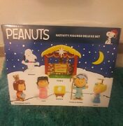 Peanuts Christmas Nativity Deluxe Figures Set New In Sealed Box.