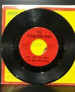 Chicago Blackhawks -here Come The Hawks 45 Rpm Record -the Chicago Black Hawks