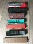 Lot Of 7 Model Trains - Ho Scale - 6 Freight - 1 Locomotive - Mostly Bachmann