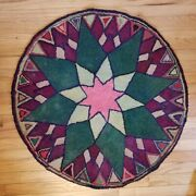 Vintage Marinerand039s Compass 3and039 Round Antique Hooked Rug Great Design