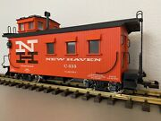 Usa Trains R-12010 New Haven Caboose W/ Metal Wheels And Lighting G-scale