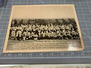 1936 National Chicle Gum R311 1935 Pittsburgh Pirates Team Photo Honus Wagner