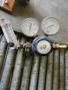 Linde Specialty Gas And Purox Regualtor Union Carbide And Gauge Assy - Qty. 2