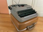1957 Smith-corona Silent-super Portable Typewriter Working W New Ink And Case