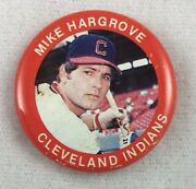 Mlb 1985 Fun Foods Photo Button Pin - Cleveland Indians - Mike Hargrove
