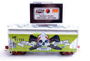 N Scale-micro Trains Nse 18-159 Northern Pacific Rail Lines-jail Fines Hopper