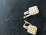 14 K Wt.gold 120 Carat Baguettes And Round Clean Diamond Earrings And Safe Lock