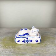 Vintage Ceramic Delft Blue Kitty Cat On Bed And Pepper Shaker Set Handprinted