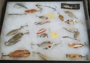 Vintage Spoon Fishing Lure Lot Of 22 With The Showcase.