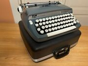 1967 Excellent Smith-corona Super Sterling Portable Typewriter Working W New Ink
