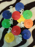 Lot Of 6 Mini Aliens And 10 Flying Saucers Gumball Vending Machine Toys Prizes - A