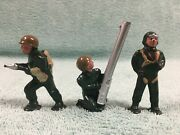 1960's Barclay Pod Foot Soldiers – Aviator Anti-aircraft Gunner Flame Thrower L