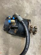 Used Hydraulic Drive Motor Compatible With New Holland Ls180b Ls180 L180 L185